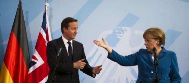 Cameron il premier inglese che ha promosso il referendum sulla Brexit con la cancelliera tedesca