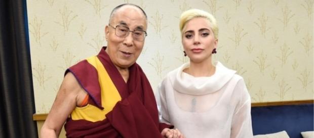 China bans Lady Gaga after meeting with Dalai Lama