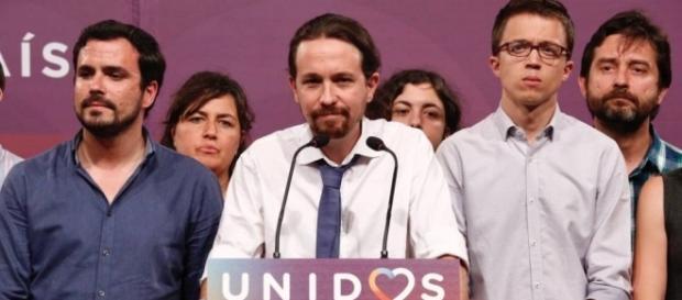 Pablo Iglesias y los dirigentes de Unidos Podemos tras el 26J