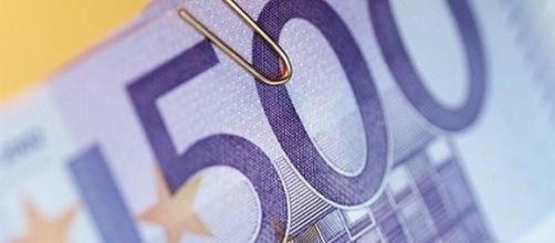 Bonus 500 euro docenti della scuola: bisogna spenderlo tutto.