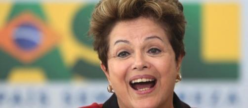Dilma Rousseff cria campanha de financiamento coletivo