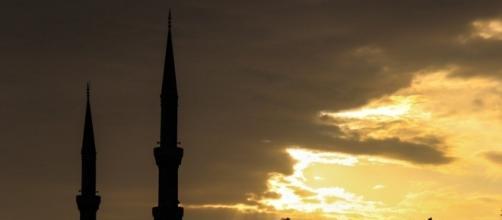 https://pixabay.com/en/turkey-istanbul-mosque-blue-mosque-216461/