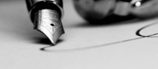 Il ritardo del deposito della perizia integra omissione d'atti d'ufficio