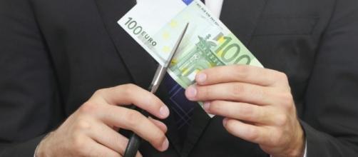 Oltre 5.100 euro: è quanto percepisce, in media, per ogni seduta un Consigliere regionale della Puglia.
