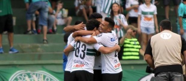Coritiba x Atlético-PR: ao vivo na TV e online