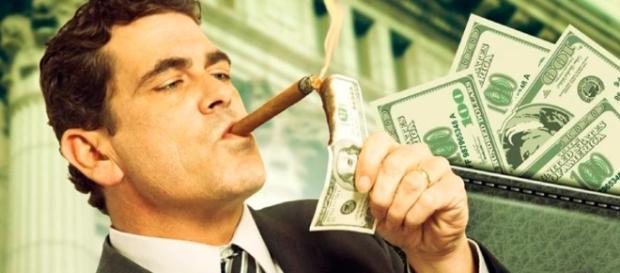 Justiça garante redução de impostos para quem gasta dinheiro no exterior