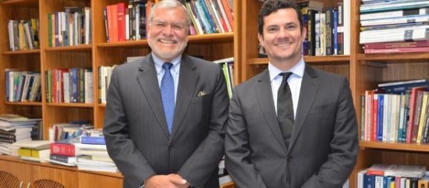 Presidente da Transparência Internacional se encontra com o Juiz Sérgio Moro e traça planos para combater a corrupção no Brasil.