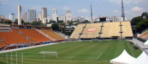 Santos e Botafogo revivem clássico do passado em jogo que será realizado no Pacaembu, pela sexta rodada do Brasileirão.