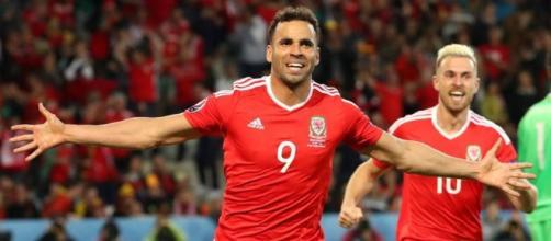 Atacante galês comemora gol sobre a Bélgica, na Eurocopa
