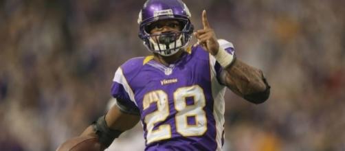 The Best NFL Running Backs of All Time - ranker.com