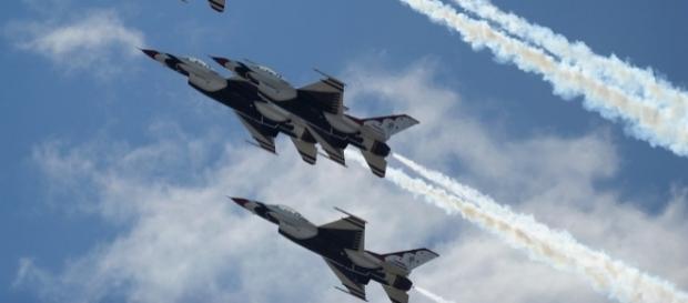Aviația SUA a atacat un convoi de luptători ISIS care fugeau din Fallujah