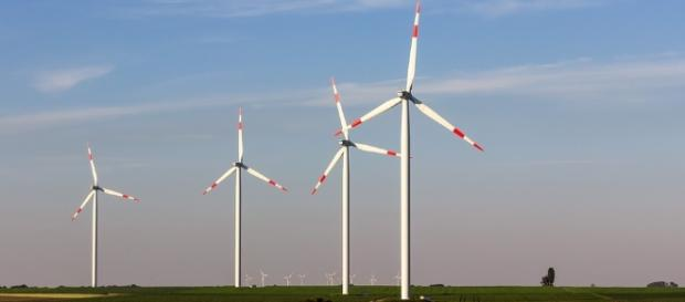 https://pixabay.com/en/pinwheel-windr%C3%A4der-wind-power-993017/