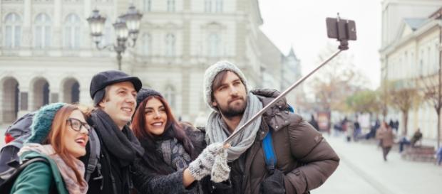 """La moda de los """"selfies"""" puede provocar accidentes"""