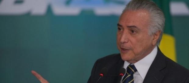 O presidente Michel Temer num evento dentro do Palácio do Planalto: sem transmissão ao vivo fora de Brasília.