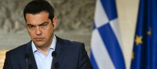 Governo grego tenta combater a evasão de dinheiro do país