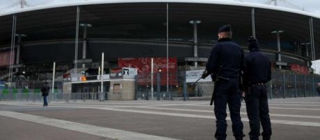 França trabalha para ter uma Euro tranquila