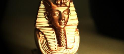 El material con que se hizo la daga de Tutankamón es de origen extraterrestre