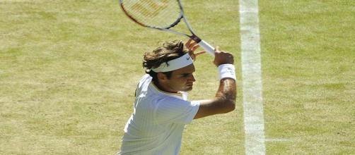 Roger Federer during 2009 Wimbledon/ Photo: Justin Smith (Flickr) CC BY-SA 2.0