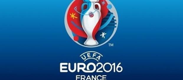 Algumas das maiores estrelas do futebol mundial vão em busca do principal troféu europeu de seleções. (Foto: UEFA)