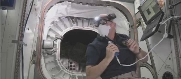 Astronauta fez a primeira inspeção no Módulo de Atividade Expansível Biglow