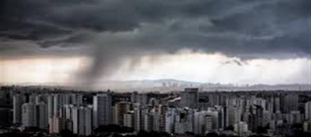 Chuvarada castiga o estado de São Paulo