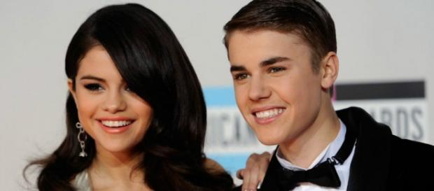 Justin Bieber quer ser novamente próximo de Selena Gomez