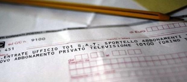 Pasticcio canone Rai, rischia di pagare anche chi non possiede la televisione