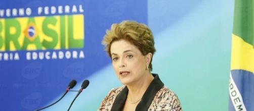 Dilma Rousseff defende plebiscito e novas eleições para Presidente da República