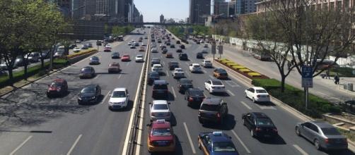 """El """"bus-túnel"""" la solución del futuro para los atascos"""