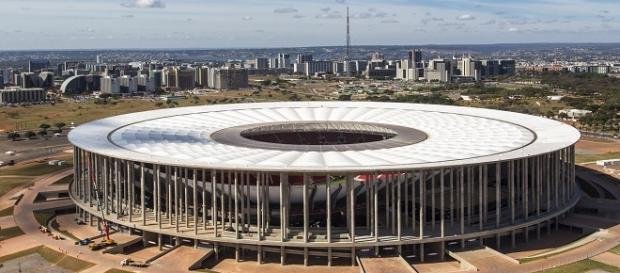 Confusão de domingo geram interdição do Mané Garrincha (Fonte: Wikipedia)