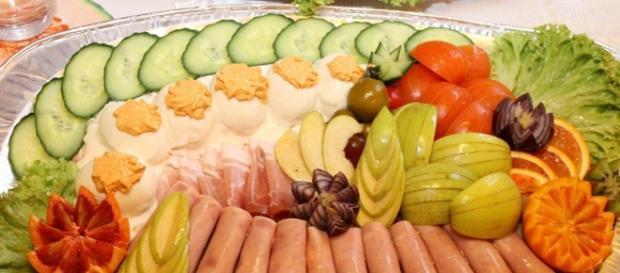Healthy eating / photo no attribution, via pixabay