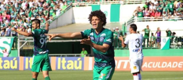 Para comentarista, jogador é um bom reforço, mas ele sozinho não irá resolver o problema do Botafogo