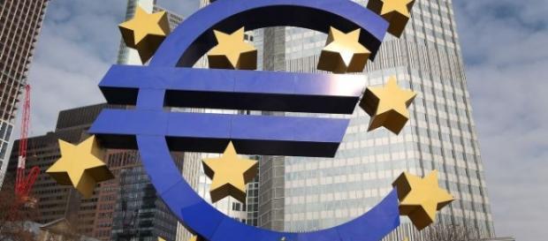 UE admite că România și alte 6 state nu îndeplinesc normele zonei euro