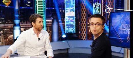 Pablo Motos e Iñigo Errejón durante la entrevista.