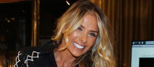 Após a saída da rival, Adriane Galisteu pode ganhar espaço na Globo.