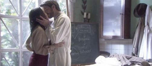 Il Segreto, anticipazioni puntata 1060: Lucas chiede la mano di Aurora