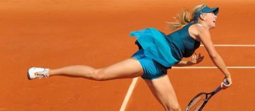 Maria Sharapova at 2009 Roland Garros / by Misty, creative commons via Wikipedia
