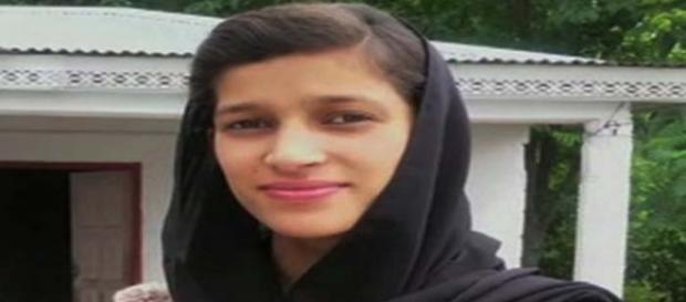 Mamă pakistaneză arestată după ce și-a ars de vie fiica - Foto: Champion Newspapers