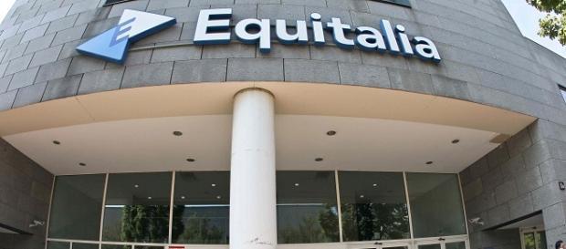 Rischio cartelle Equitalia per chi deve restituire gli 80 euro