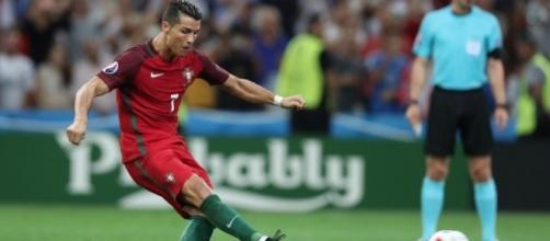 Cristiano Ronaldo esteve apagado na partida, mas fez gol na decisão por pênaltis