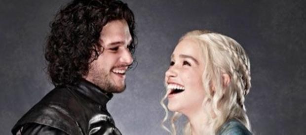Os atores em sessão de fotos antes do lançamento da terceira temporada (Foto: Entertainment Weekly)
