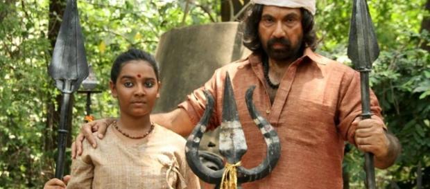 Sathyaraj sizzles in Jackson Durai | Flimnews.com