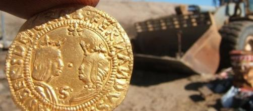Gold Coin from the Bom Jesus. Photo source: news.com.au