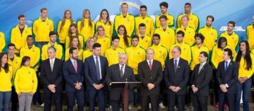 Temer no papel de presidente interino, recebeu 60 atletas olímpicos brasileiros