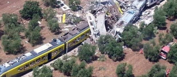 Două trenuri s-au ciocnit în Italia