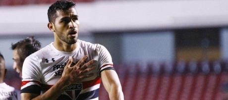 Alan Kardec comemora gol do São Paulo contra o América-MG; Tricolor venceu por 3 a 0