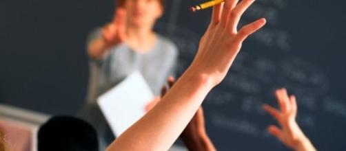 Chiamata diretta docenti: anzianità utile solo in caso di parità di requisiti.
