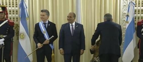 Juan Luis Manzur y Mauricio Macri reunidos en la Casa de Tucumán por el Bicentenario.