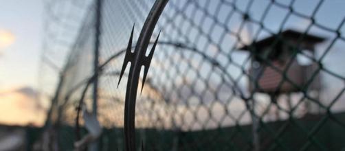 L'Italia accoglie un combattente jihadista di al Qaeda prigioniero di Guantanamo