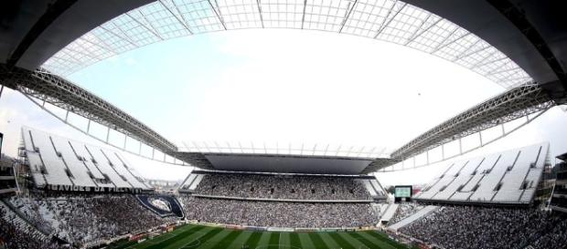Arena Corinthians pode causar prejuízos gigantescos ao Timão.